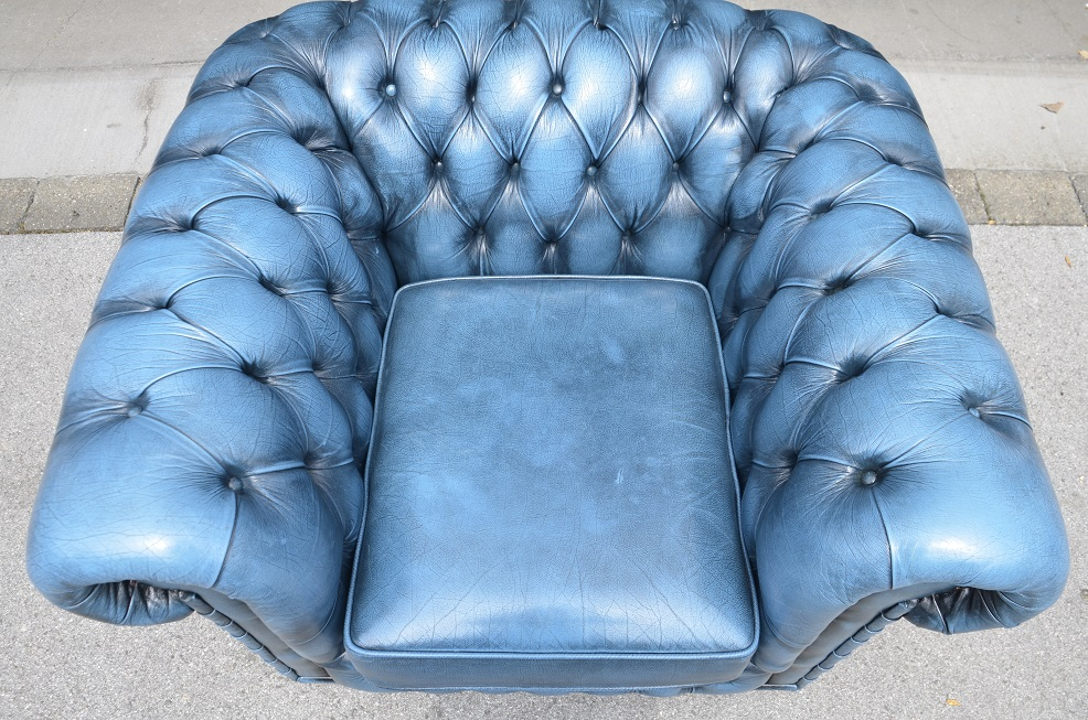 chesterfield club sessel in royal blue direkt aus england ebay. Black Bedroom Furniture Sets. Home Design Ideas